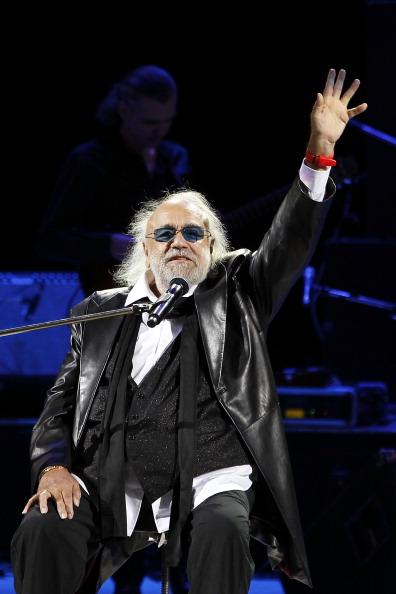 Yves Forestier「Concert By Singer Demis Roussos」:写真・画像(7)[壁紙.com]