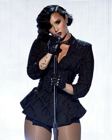 Demi Lovato「2015 American Music Awards - Show」:写真・画像(6)[壁紙.com]