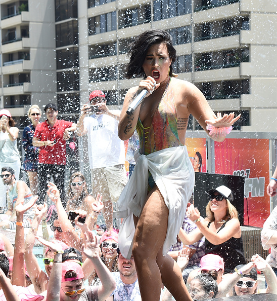 Demi Lovato「Demi Lovato's 'Cool For The Summer' Pool Party」:写真・画像(12)[壁紙.com]