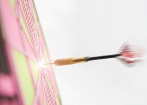 Sports Target「Dart in dart board」:スマホ壁紙(15)
