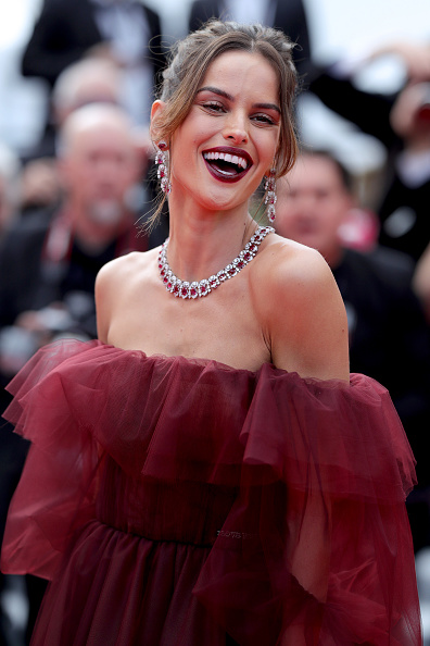 "Maroon「""Oh Mercy! (Roubaix, Une Lumiere)"" Red Carpet - The 72nd Annual Cannes Film Festival」:写真・画像(2)[壁紙.com]"