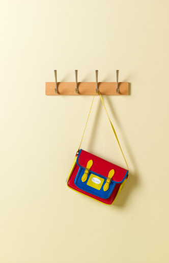 Back to School「Colourful school satchel on coat rack」:スマホ壁紙(10)