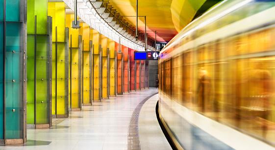 Railway「Colourful subway station in Munich Germany」:スマホ壁紙(8)