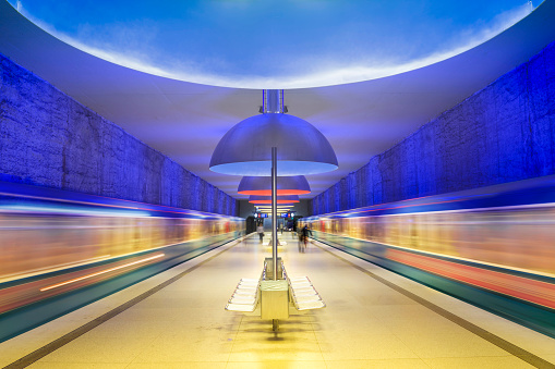 Munich「Colourful subway station in Munich Germany」:スマホ壁紙(9)