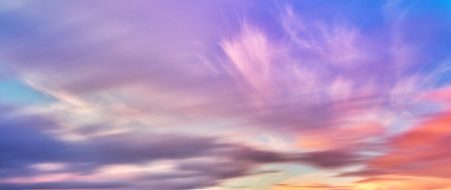 Romantic Sky「Colourful sunset and clouds, Iceland」:スマホ壁紙(3)