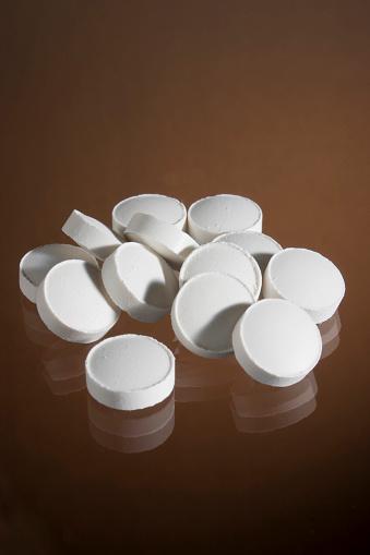 Sleeping Pill「White Pills」:スマホ壁紙(19)