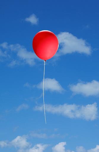 Miami Beach「red balloon in a blue sky」:スマホ壁紙(4)