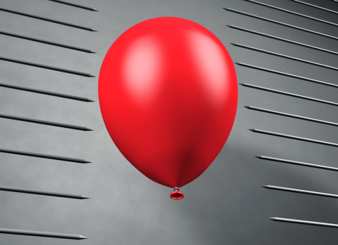 Gray Background「Red balloon floats between pointed steel nails」:スマホ壁紙(17)
