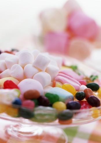 ホワイトデー「Jellybeans and marshmallows」:スマホ壁紙(19)