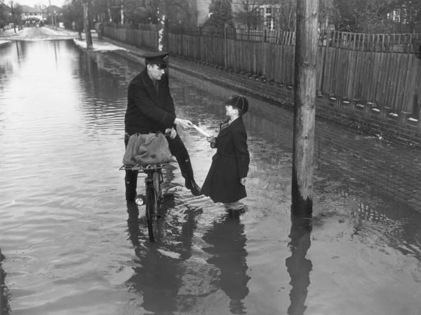Flood Delivery:ニュース(壁紙.com)