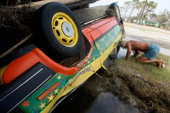 Hurricane Ike「Coastal Texas Faces Heavy Damage After Hurricane Ike」:写真・画像(4)[壁紙.com]
