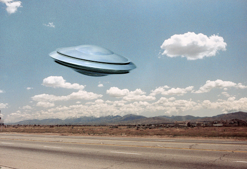 UFO「UFO Flying」:スマホ壁紙(7)