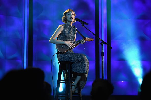 グレイス・ベンダーワール「Billboard Women In Music 2017 - Inside」:写真・画像(6)[壁紙.com]