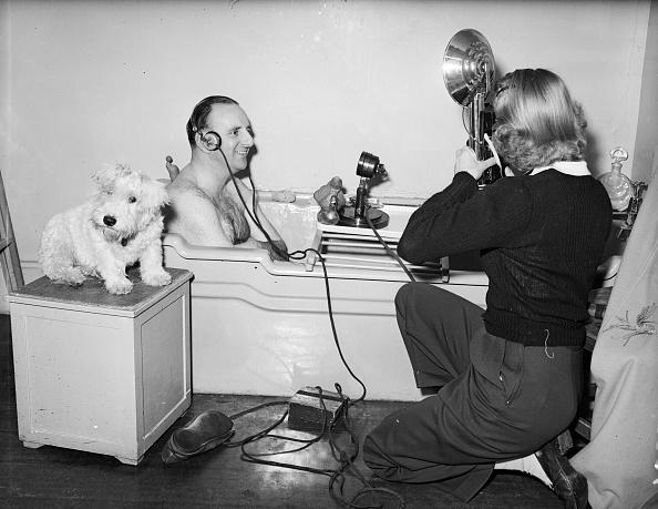 Audio Equipment「Bathroom Broadcast」:写真・画像(3)[壁紙.com]