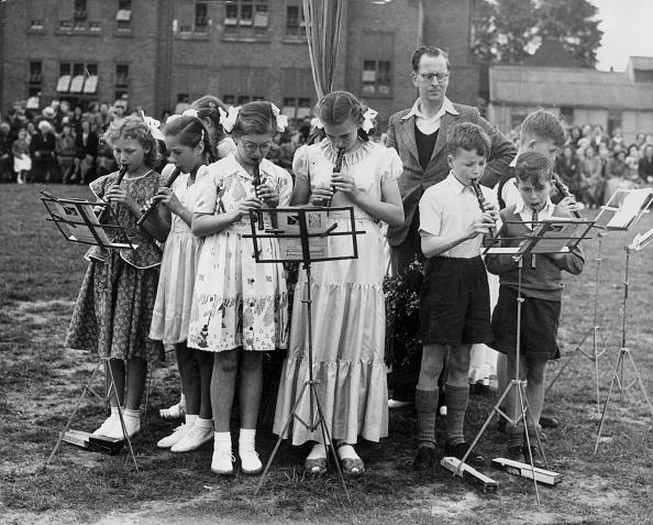 Elementary Student「Mayday Music」:写真・画像(15)[壁紙.com]