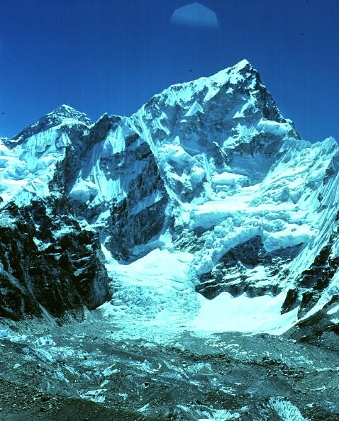 風景「Mount Everest」:写真・画像(9)[壁紙.com]