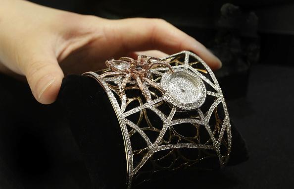 Bracelet「Hong Kong Watch And Clock Fair Opens To The Public」:写真・画像(17)[壁紙.com]
