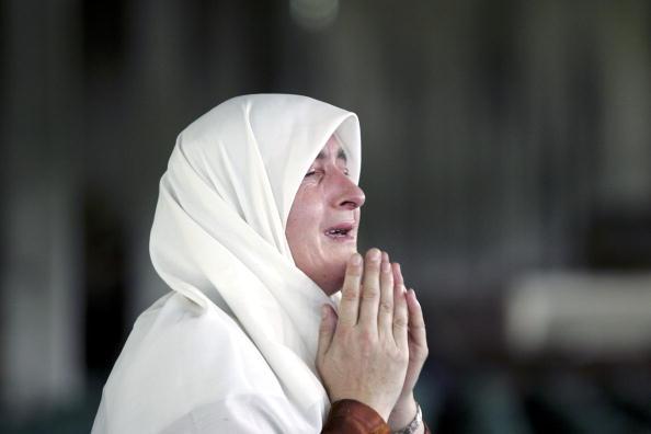 Marco Di Lauro「Srebrenica Prepares For Mass Funeral To Commemorate 10th Anniversary Of Massacre」:写真・画像(10)[壁紙.com]