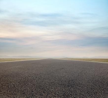 Parking Lot「Tarmac Runway」:スマホ壁紙(4)