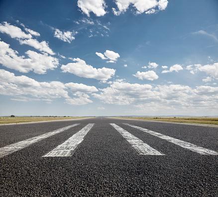 Airport Runway「Tarmac Runway」:スマホ壁紙(2)