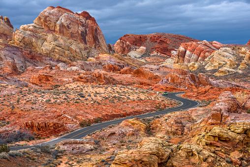 Nevada「Desert Road on Red Rock Canyon」:スマホ壁紙(13)