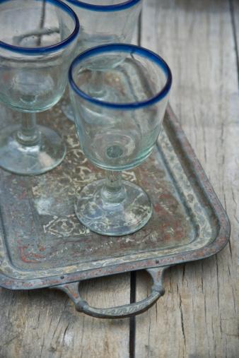 盆「Mexican drinking glasses on a tray」:スマホ壁紙(11)