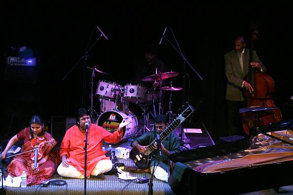 ワールドミュージック「Miles From India」:写真・画像(6)[壁紙.com]