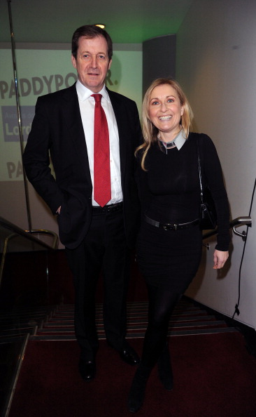 Fiona Phillips「The Political Book Awards 2013 - Arrivals」:写真・画像(16)[壁紙.com]