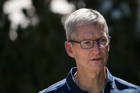 Tim Cook - Business Executive「Tech And Media Elites Attend Allen And Company Annual Meetings In Idaho」:写真・画像(5)[壁紙.com]