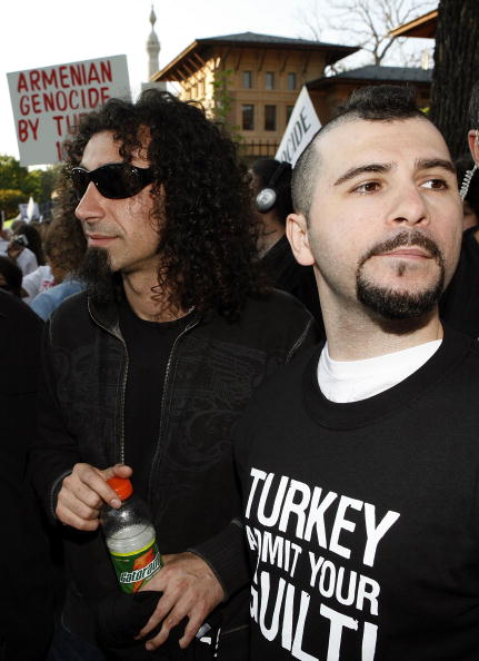 Joshua Roberts「System Of A Down Lead Grassroots Demonstration Against Armenian Genocide」:写真・画像(6)[壁紙.com]