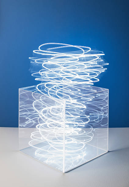 Swirling light from a clear box:スマホ壁紙(壁紙.com)