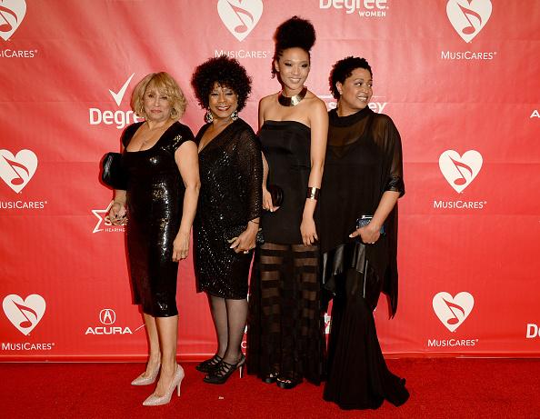 メリー・クレイトン「The 2014 MusiCares Person Of The Year Gala Honoring Carole King - Arrivals」:写真・画像(6)[壁紙.com]