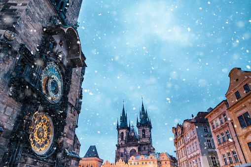 Prague「Snowfall On Old Town Square In Prague」:スマホ壁紙(15)