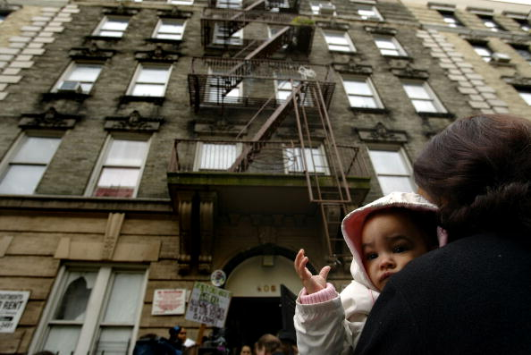 Apartment「Residents Protest Lead Poisoning In NYC Housing」:写真・画像(8)[壁紙.com]
