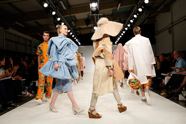 Tristan Fewings「Graduate Fashion Week - Day 1」:写真・画像(16)[壁紙.com]