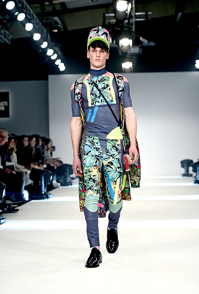 Foliate Pattern「Graduate Fashion Week Sponsored By George At Asda」:写真・画像(4)[壁紙.com]