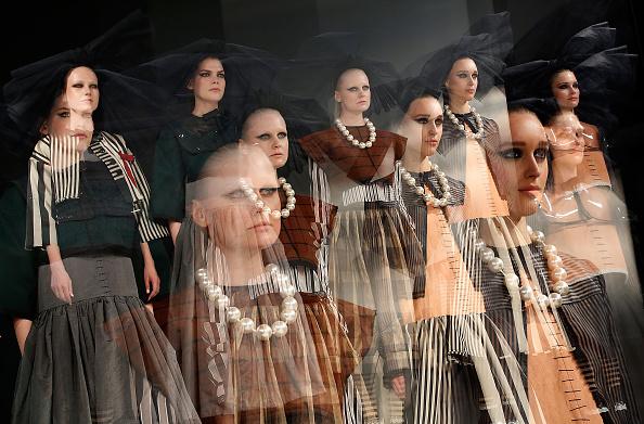 Digital Composite「Graduate Fashion Week - Day 4」:写真・画像(8)[壁紙.com]