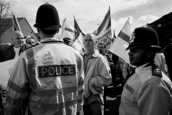 Tom Stoddart Archive「Police And National Front」:写真・画像(1)[壁紙.com]