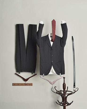 Belt「Gentleman suit」:スマホ壁紙(12)