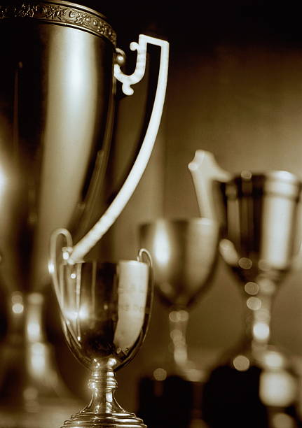 Trophies, close-up (toned B&W):スマホ壁紙(壁紙.com)