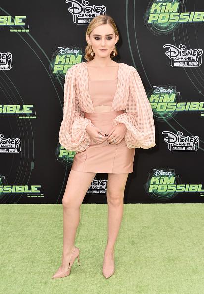 ドロップイヤリング「Premiere Of Disney Channel's 'Kim Possible' - Arrivals」:写真・画像(6)[壁紙.com]