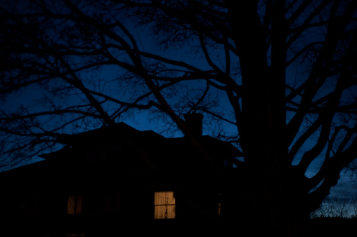 Spooky「Light on」:スマホ壁紙(18)
