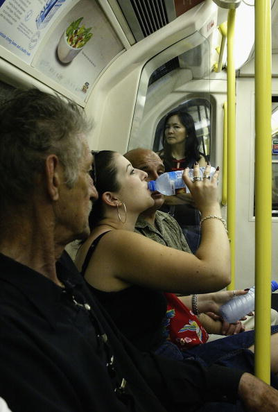 Cool Attitude「Londoners Try To Keep Cool During Heatwave」:写真・画像(17)[壁紙.com]