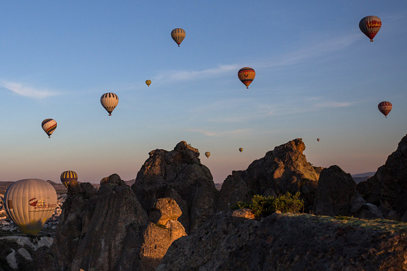 ヒューマンインタレスト「Peak Tourist Season Begins in Turkey's Famous Cappadocia Region」:写真・画像(11)[壁紙.com]