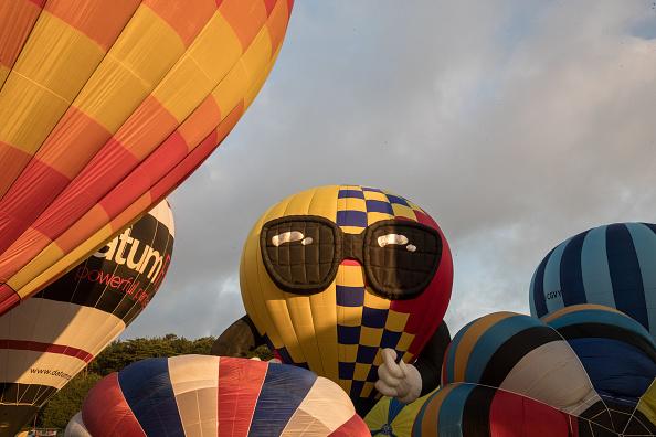 Dawn「Annual Bristol Balloon Fiesta」:写真・画像(12)[壁紙.com]