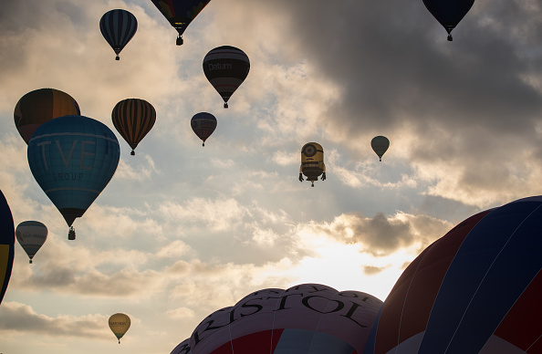 Dawn「Annual Bristol Balloon Fiesta」:写真・画像(11)[壁紙.com]