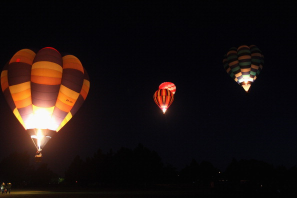 気球「Hot Air Balloons Over Waikato」:写真・画像(8)[壁紙.com]