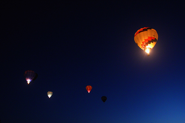 気球「Hot Air Balloons Over Waikato」:写真・画像(18)[壁紙.com]