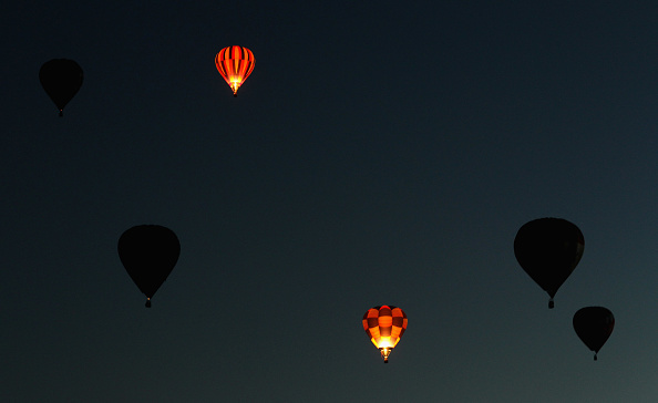 Hot Air Balloon「Hot Air Balloons Over Waikato」:写真・画像(19)[壁紙.com]