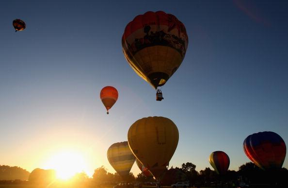 気球「Hot Air Balloons Over Waikato」:写真・画像(18)[壁紙.com]